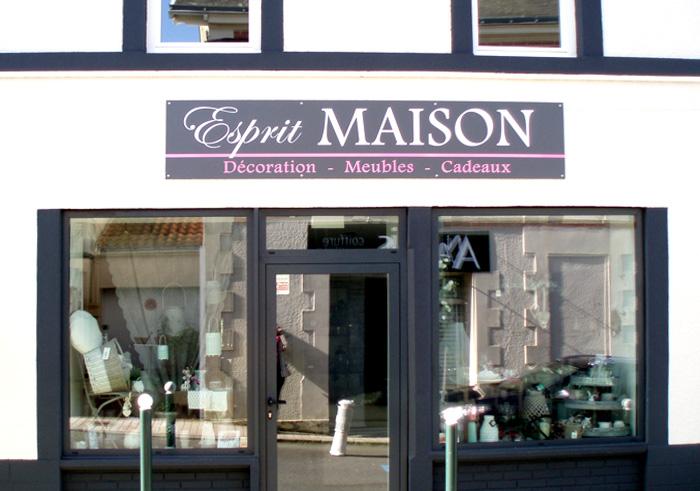 Créez votre enseigne sur Nantes Pornic et Machecoul grâce à une agence de communication de qualité : Magenta Communication