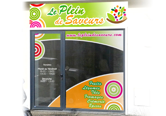 Adhésif vitrine commerce Nantes : adhésif vitrine micro-perforé 44 Nantes
