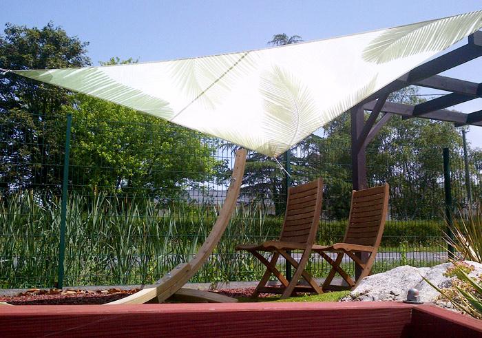Toile d'ombrage imprimée palmier Nantes : voile d'ombrage personnalisée 44